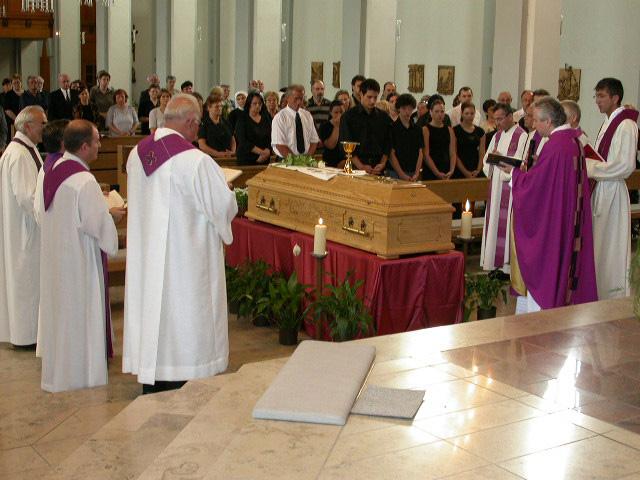 beerdigung auf kroatisch
